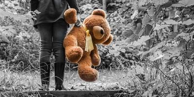Lapsella on rikoksen uhrina samat oikeudet ja velvollisuudet kuin muillakin rikoksen uhreilla.