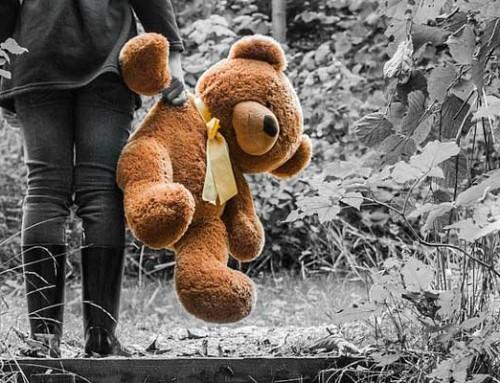 Alaikäinen lapsi seksuaalirikoksen uhrina